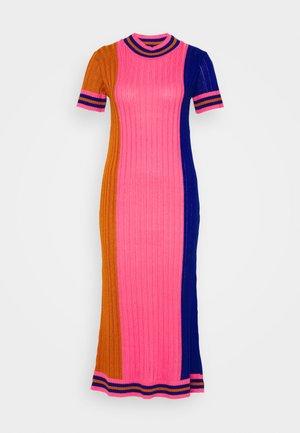 DRESS - Shift dress - gold/pink/blue