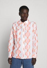 Henrik Vibskov - CRANE - Button-down blouse - cream - 0