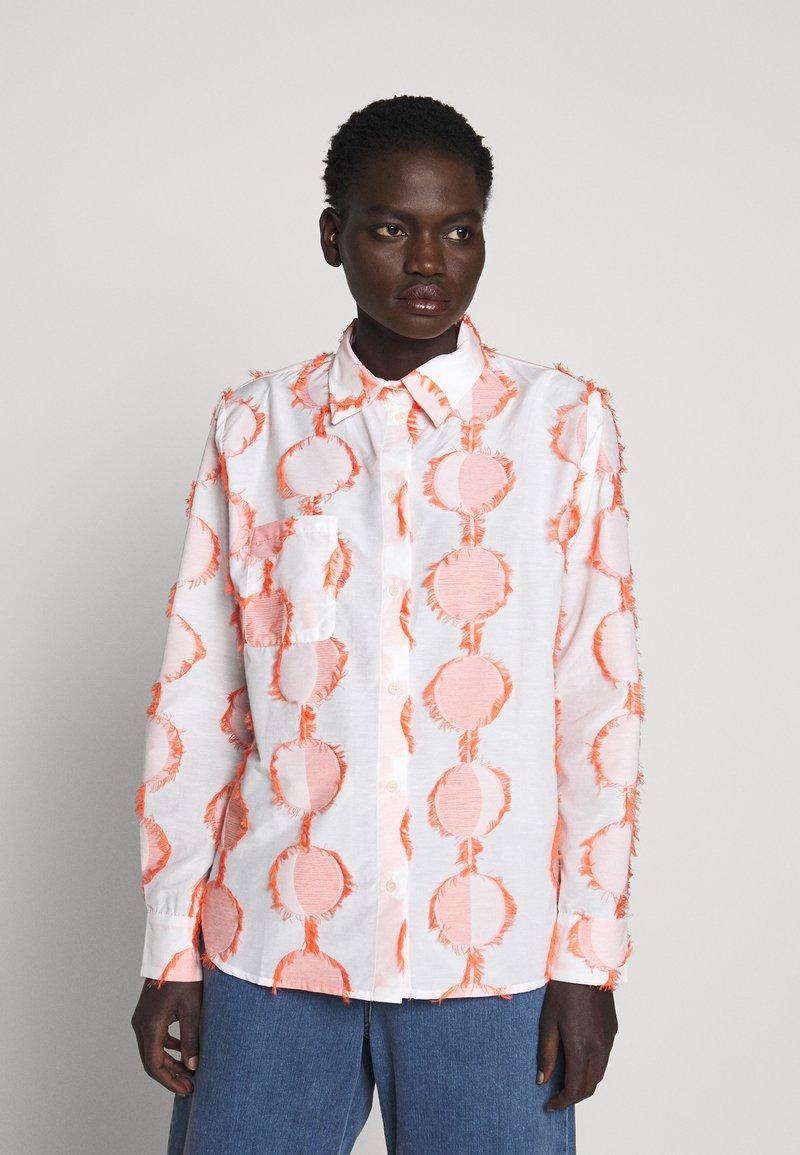 Henrik Vibskov - CRANE - Button-down blouse - cream