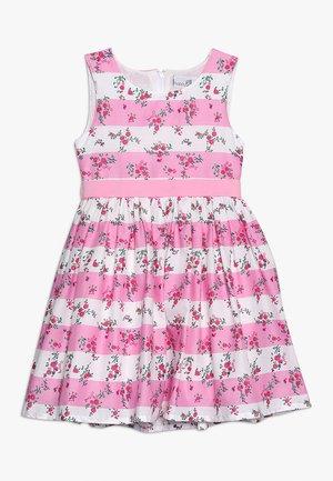Robe d'été - candy pink