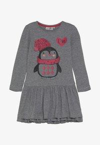 happy girls - PENGUIN - Jersey dress - grey melange - 3