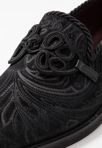 House of Hounds - MERCURY TRIM FEATURE - Slippers - black - 5