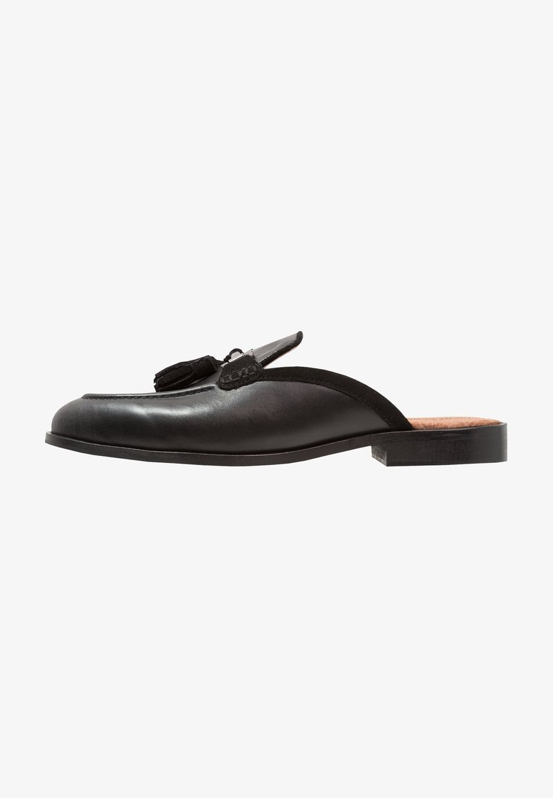 House of Hounds - BARDIN - Clogs - black
