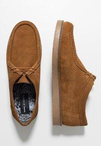 House of Hounds - BLAKE WALLABY - Sznurowane obuwie sportowe - tan - 1