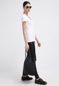 Hilfiger Denim - LEELA - T-shirt basic - classic white - 1