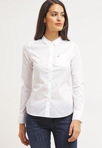 Tommy Jeans - Koszula - white - 0
