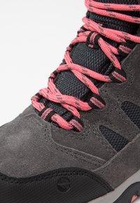 Hi-Tec - BANDERA II WP  - Hiking shoes - charcoal/graphite/blossom - 6