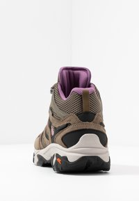 Hi-Tec - RAVUS VENT MID WP WOMENS - Zapatillas de senderismo - smokey brown/taupe/very grape - 3