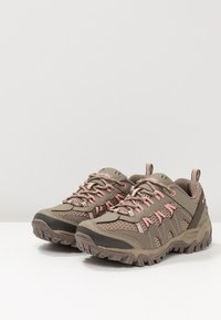 Hi-Tec - JAGUAR WOMENS - Trekingové boty - light taupe/mellow rose - 2