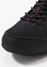 Hi-Tec - RAVEN MID WP WOMENS - Hiking shoes - black/grape wine - 5