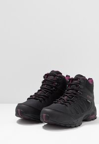 Hi-Tec - RAVEN MID WP WOMENS - Hiking shoes - black/grape wine - 2