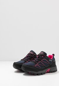 Hi-Tec - RIPPER LOW WP WOMENS - Hiking shoes - navy/black/magenta - 2