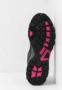 Hi-Tec - RIPPER LOW WP WOMENS - Outdoorschoenen - navy/black/magenta - 4