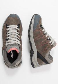 Hi-Tec - LIBERO II WP - Hiking shoes - charcoal/blossom - 1