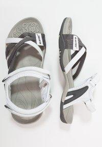 Hi-Tec - SAVANNA II  - Sandales de randonnée - white/grey - 1