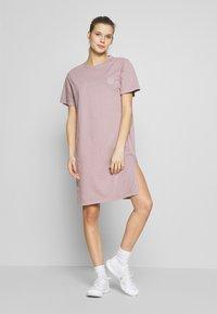Hi-Tec - MARLENE - Vestido de deporte - soft purple - 1