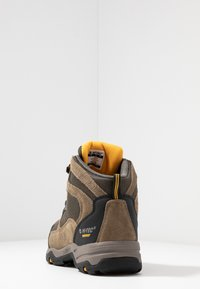 Hi-Tec - STORM WP - Hikingskor - smokey brown/taupe/gold - 3