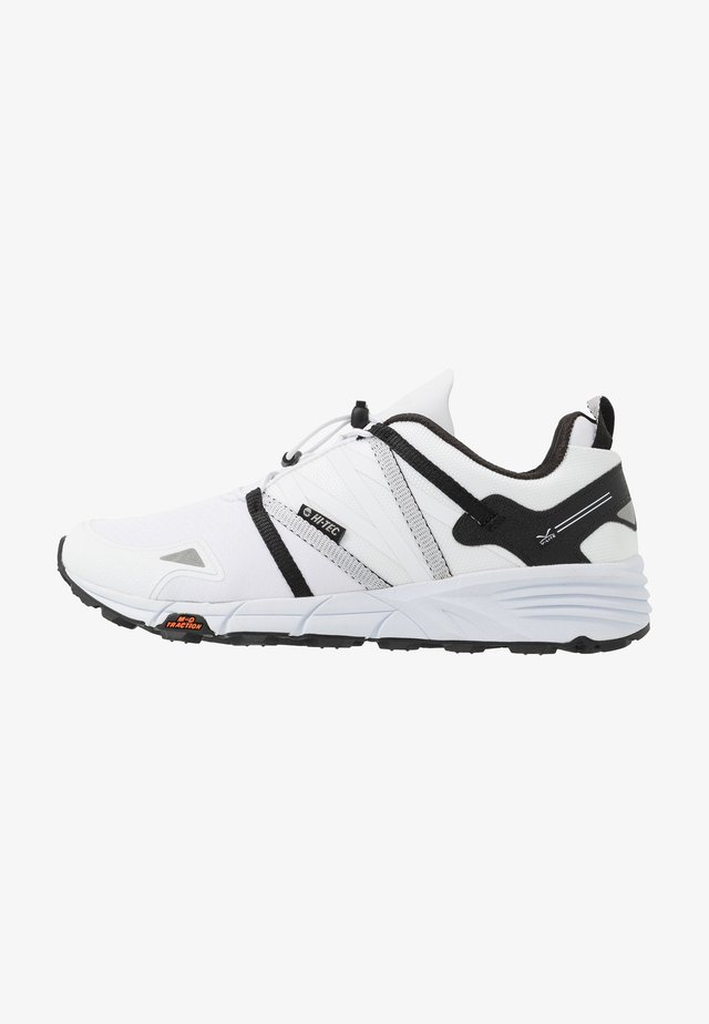 V-LITE-TRAIL RACER LOW - Outdoorschoenen - white/black