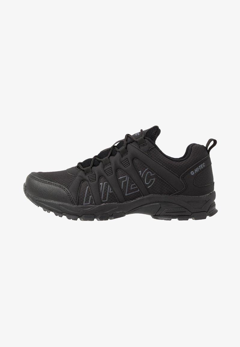 Hi-Tec - WARRIOR - Chaussures de marche - black/grey