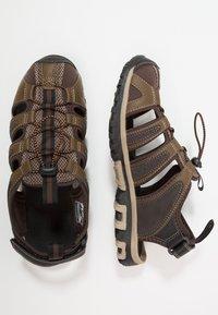 Hi-Tec - COVE BREEZE - Sandały trekkingowe - chocolate/brown/burnt orange/multicolor - 1