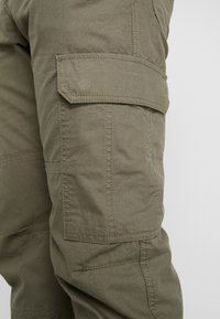 Hi-Tec - MAYCOCK - Trousers - olive - 5