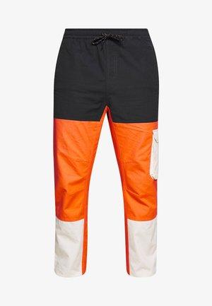 SAMUEL - Pantalon classique - orange zest
