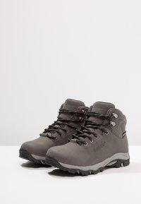 Hi-Tec - ROMPER WP  - Chaussures de marche - grey/black - 3