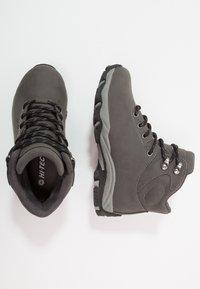 Hi-Tec - ROMPER WP  - Chaussures de marche - grey/black - 0