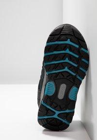 Hi-Tec - SHIELD WP - Outdoorschoenen - dark grey/black/lake blue - 5