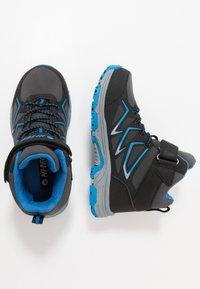 Hi-Tec - TRIO WP - Hiking shoes - dark grey/black/lake blue - 0