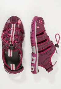 Hi-Tec - COVE - Walking sandals - grape wine/amaranth/boysenberry - 0