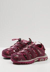 Hi-Tec - COVE - Walking sandals - grape wine/amaranth/boysenberry - 3