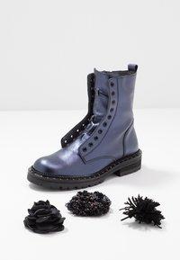 Hip - Classic ankle boots - dark blue metallic - 6