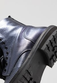 Hip - Classic ankle boots - dark blue metallic - 2