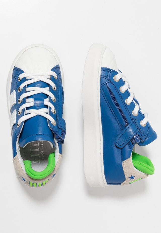 Sneakers - cobalt