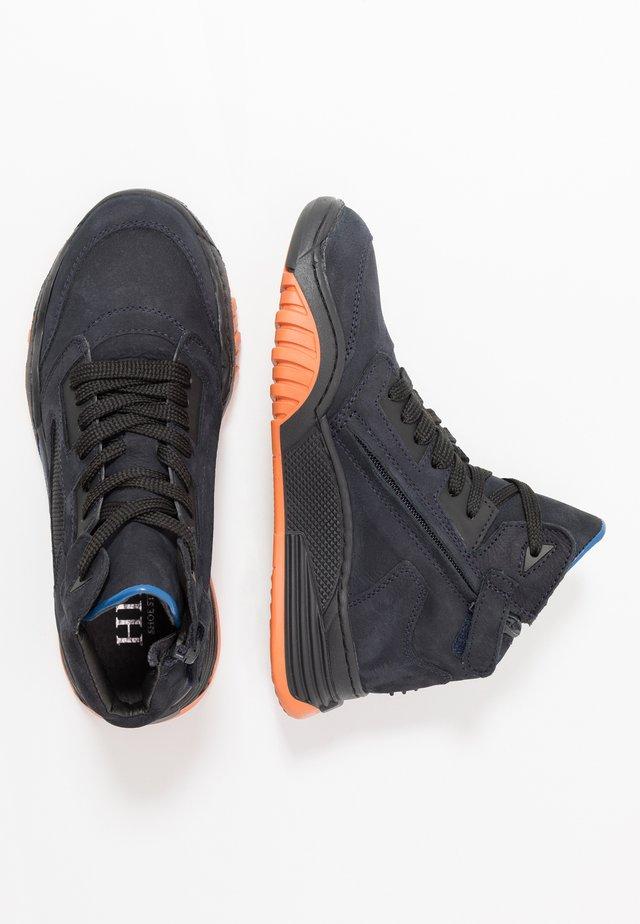 Vysoké tenisky - dark blue