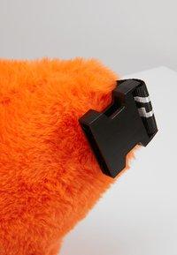 Hikari - FURRY BUM BAG  - Bum bag - orange - 7