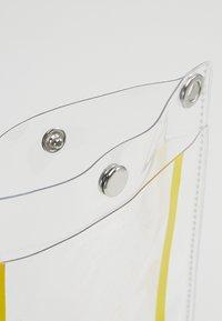 Hikari - PHONE BAG - Phone case - transparent - 5