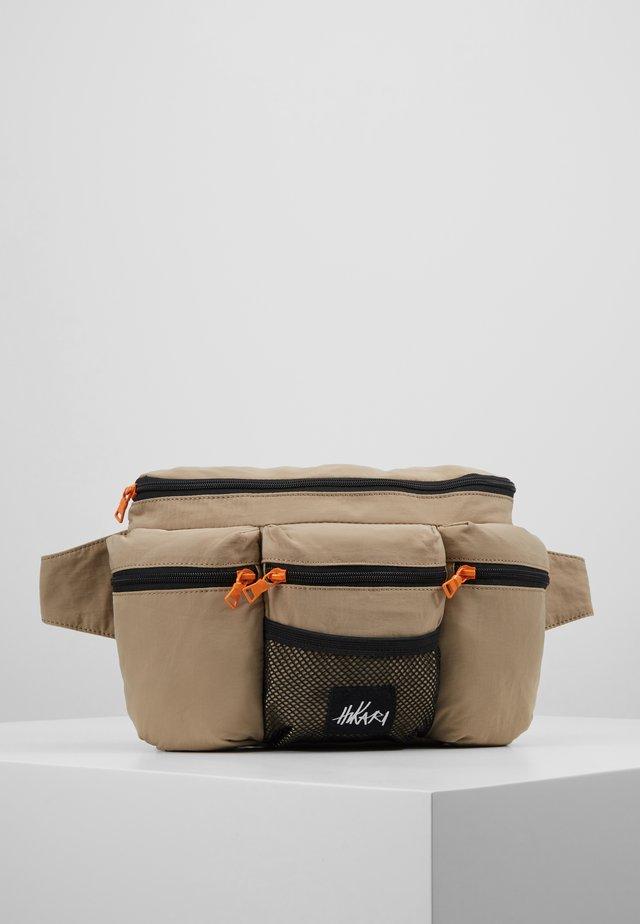 MULTIPOCKET XL BUMBAG - Bum bag - beige