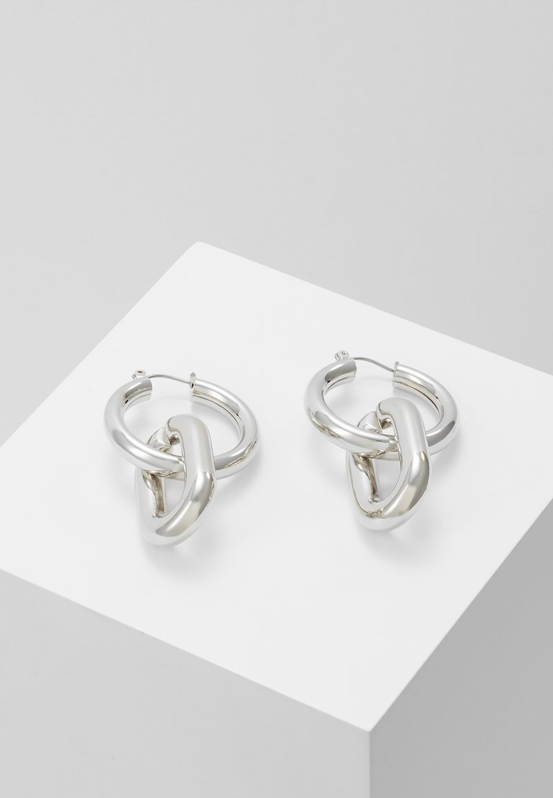 Hikari - CHAIN LINK HOOP - Earrings - silver-coloured