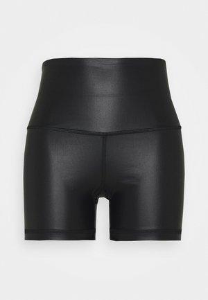 LUXE FINSH SHORT - Legging - black