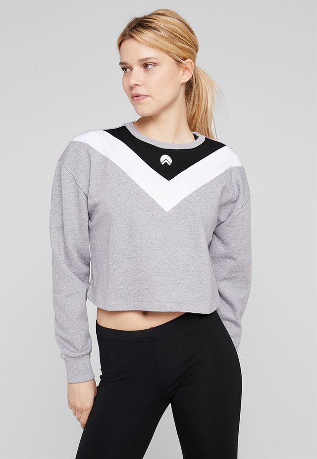 ELLIE CHEVRON BOXY CROPPED - Sweatshirt - mid grey