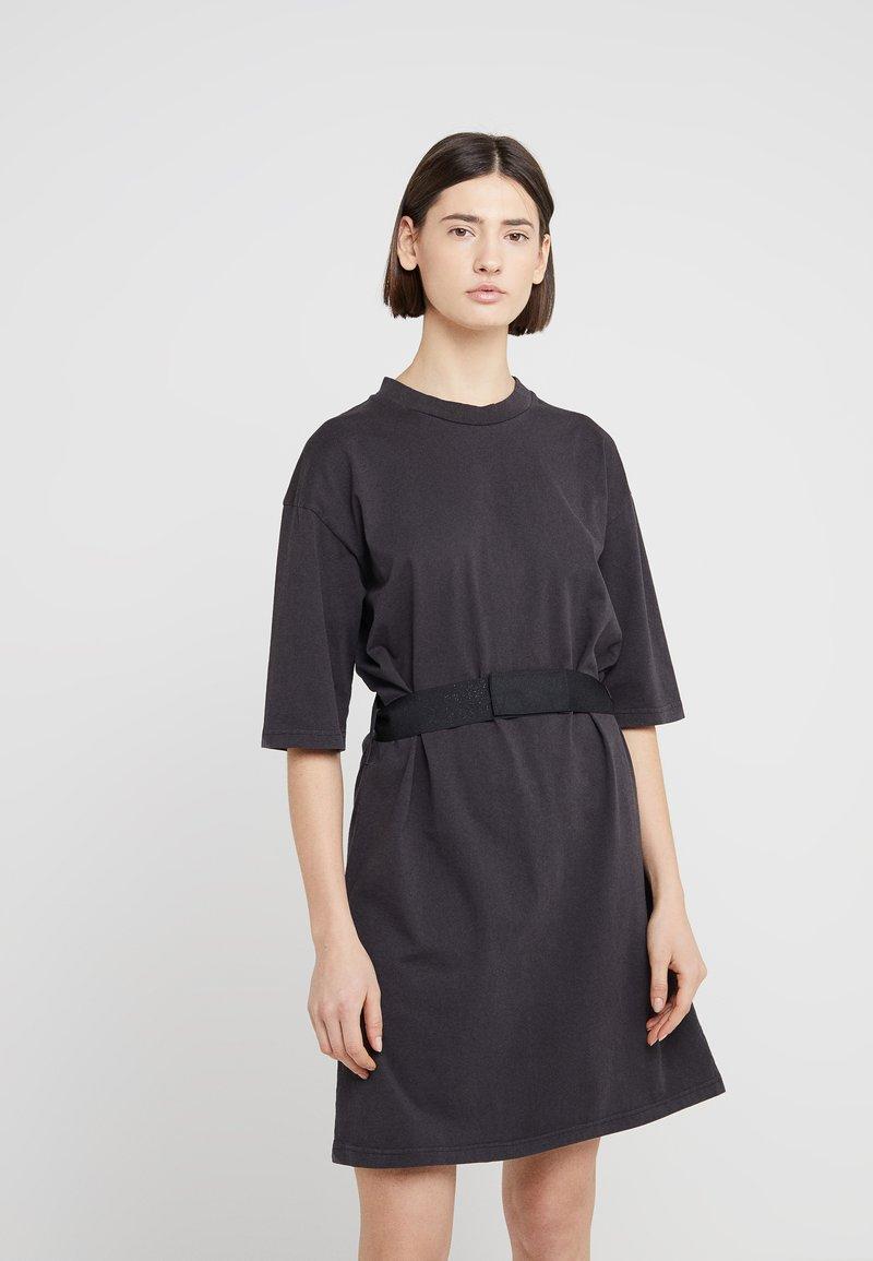 Han Kjobenhavn - TEE DRESS - Vestido ligero - black