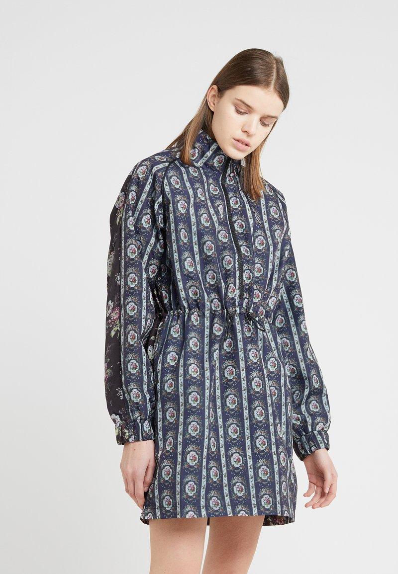 Han Kjobenhavn - TRACK DRESS - Vestido camisero - dark blue