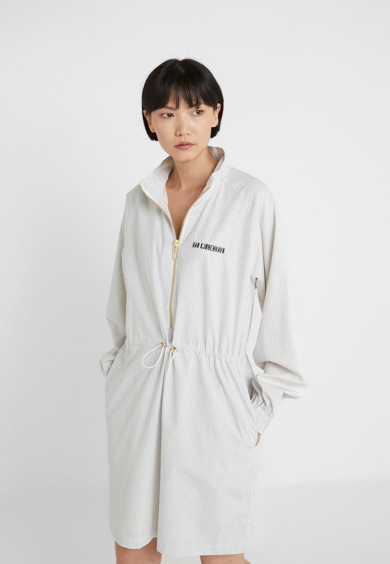 Han Kjobenhavn - TRACK DRESS - Freizeitkleid - white