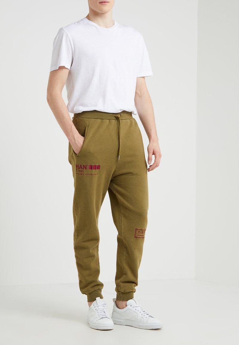 Han Kjobenhavn - Pantalones deportivos - olive