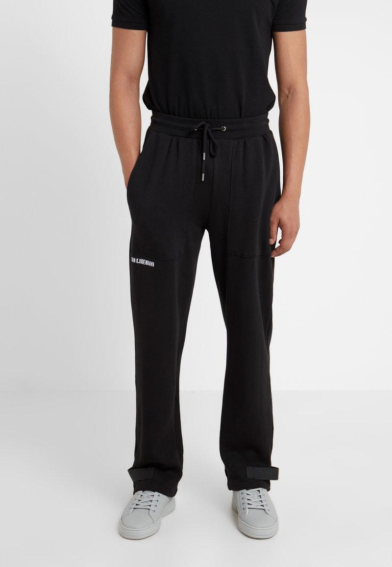 Han Kjobenhavn - Pantalones deportivos - black
