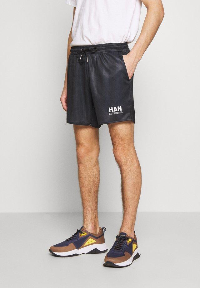FOOTBALL SHORTS - Shorts - black