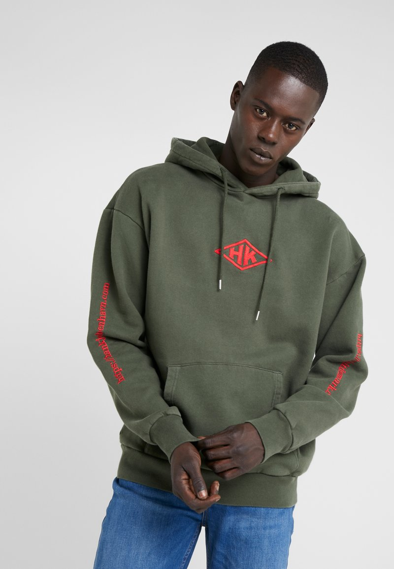 Han Kjobenhavn - ARTWORK HOODIE - Hoodie - faded army