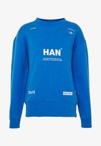 Han Kjobenhavn - BULKY CREW - Sweatshirt - blue - 6